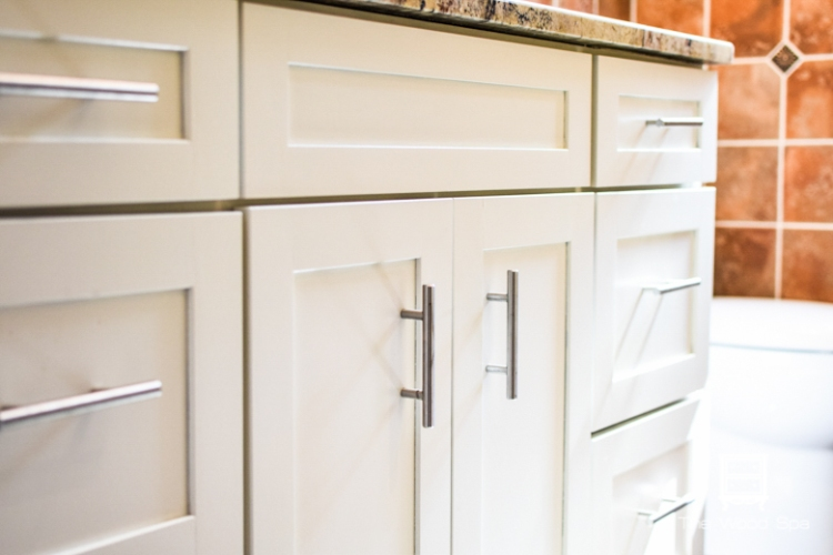 how i painted my bathroom cabinets with video tutorial - Painted Bathroom Cabinets